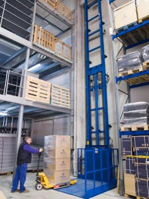 Fabricante de plataforma elevatória